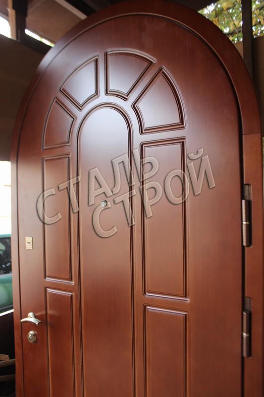 входные металлические двери в загородный дом в москве и мо