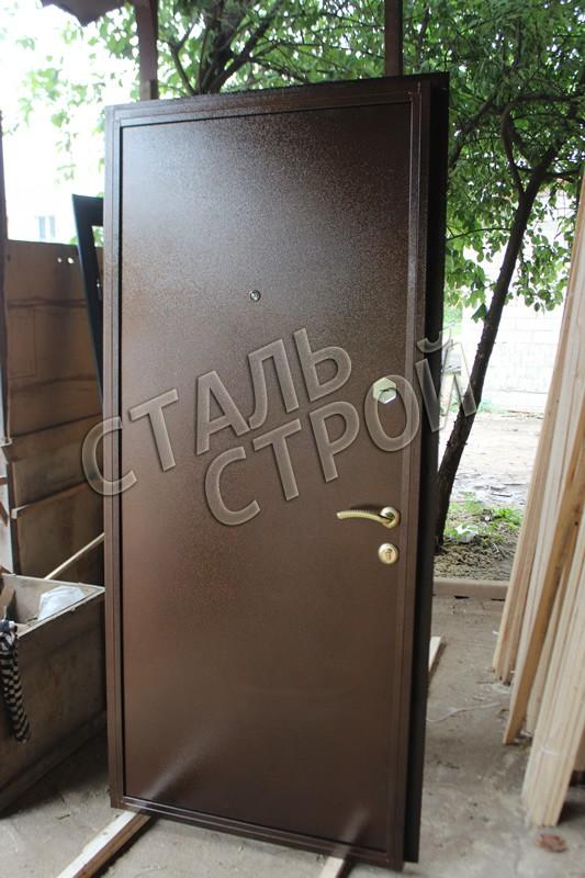 хорошая железная дверь для дачи