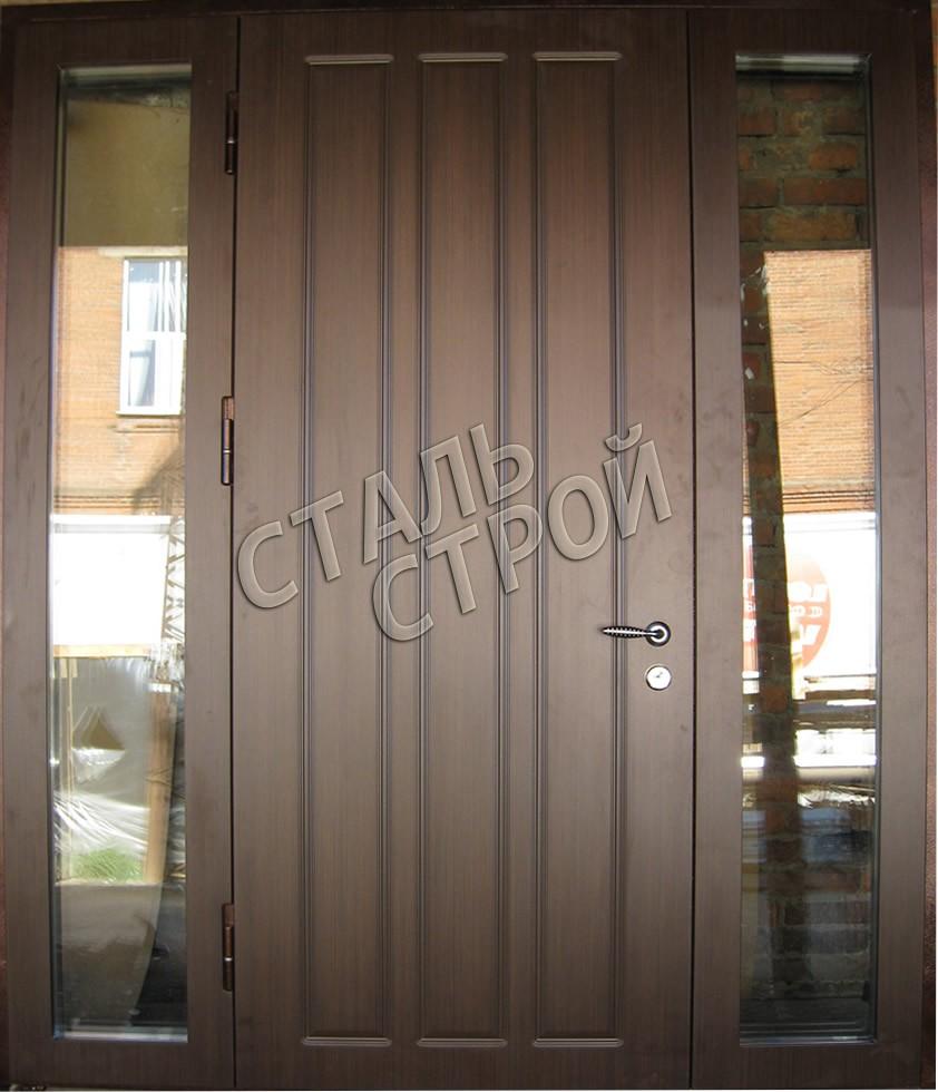 красная стальная дверь напыление